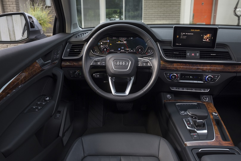 Audi Q5 Named One Of Autotrader S 10 Best Car Interiors Under Us 50 000