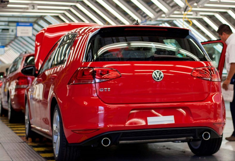 volkswagen schedules production of eighth generation golf for june 2019. Black Bedroom Furniture Sets. Home Design Ideas