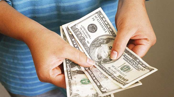 Mexico receives the largest flow of accumulated remittances