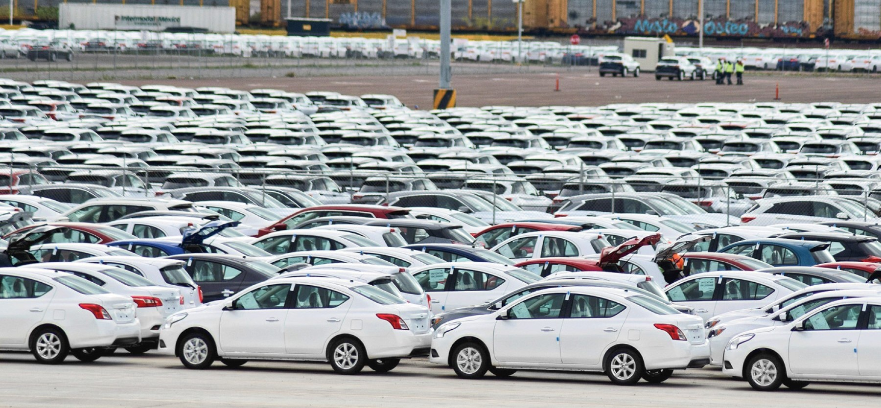 Vehicle sales in Mexico fall 23.5%