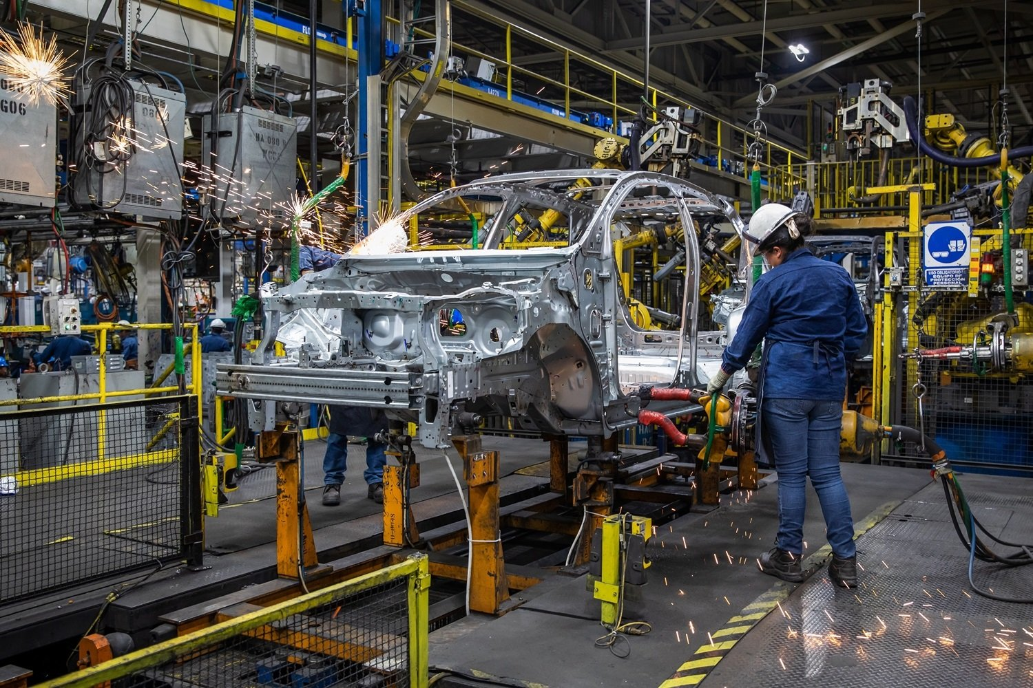 GM extends production stoppage in San Luis Potosí