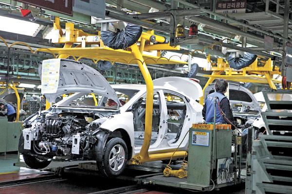 Automotive production decreases in Juárez due to lack of semiconductors