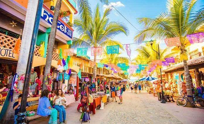 FAA downgrading would impact Mexico's tourism sector