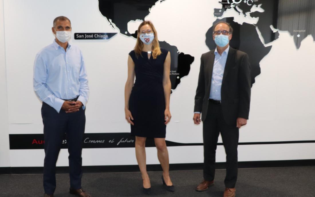 German Embassy representatives visit the Audi Mexico plant