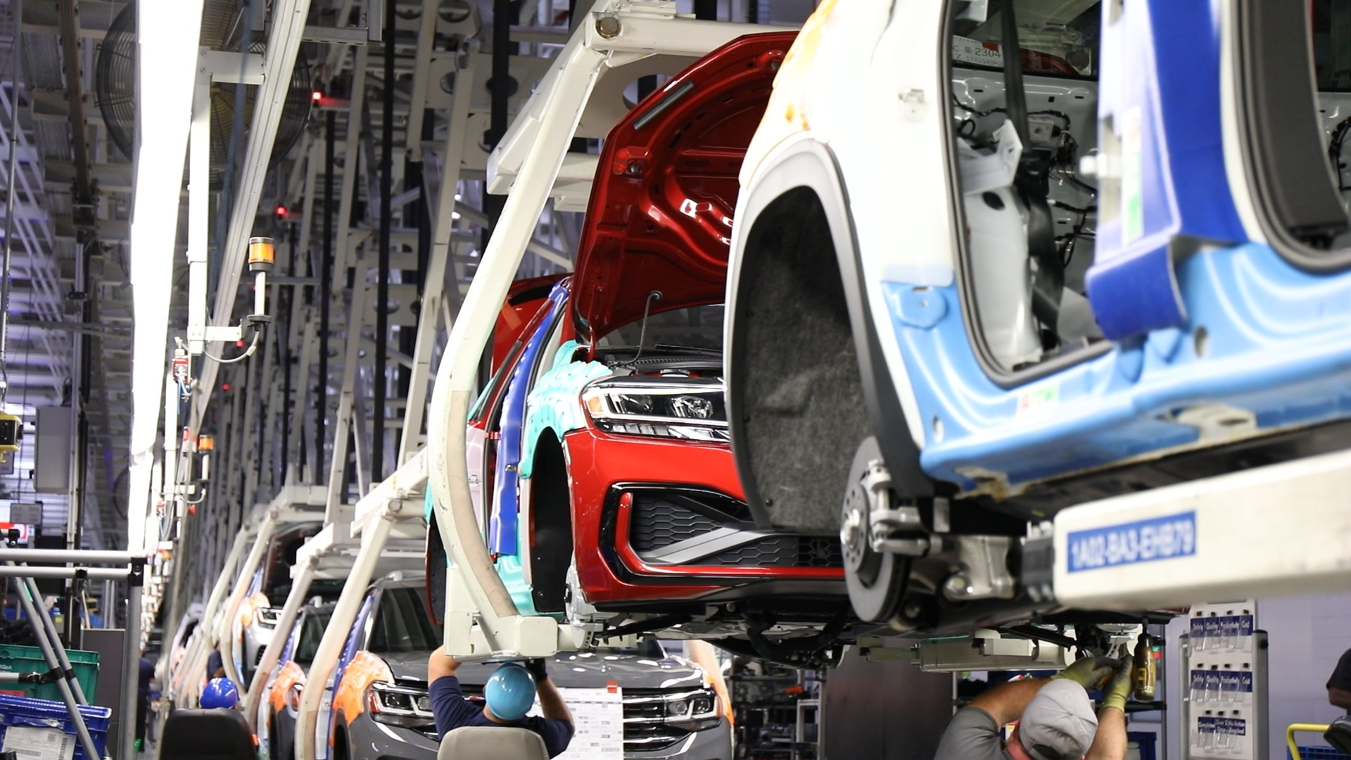 El Paso seeks to bring electric car factory